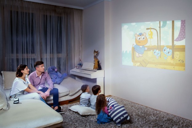 cinemood-family-wall.jpg