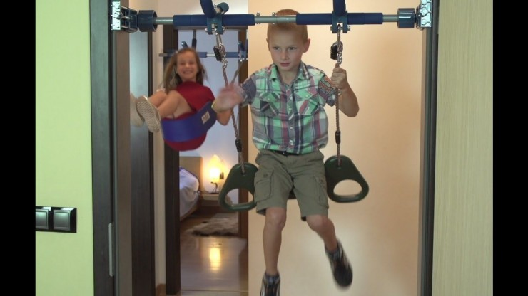 gorilla-gym-kids-deluxe-swing.jpg